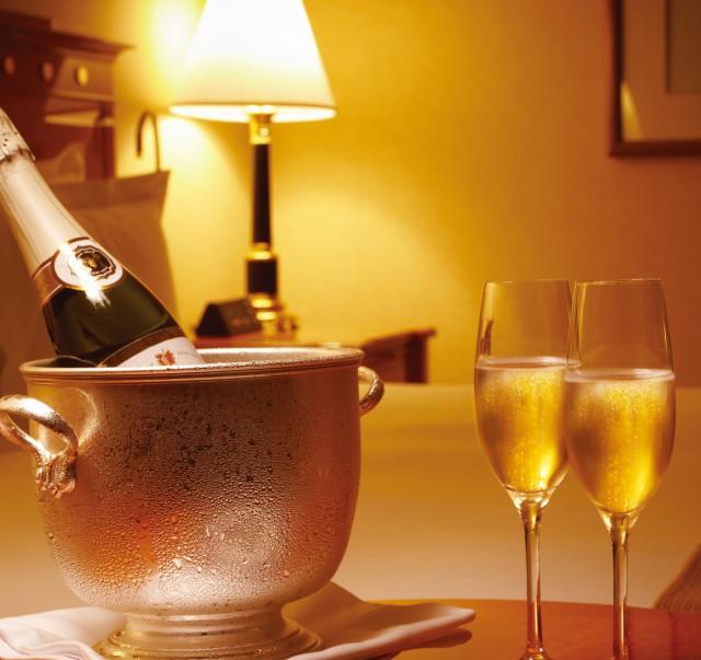シャンパン ハーフボトル イメージ