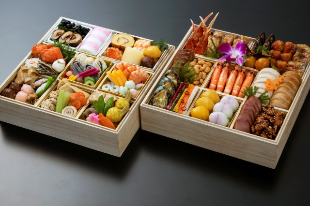 和中折衷二段 〈日本料理 京都つる家&中国料理 梨杏〉