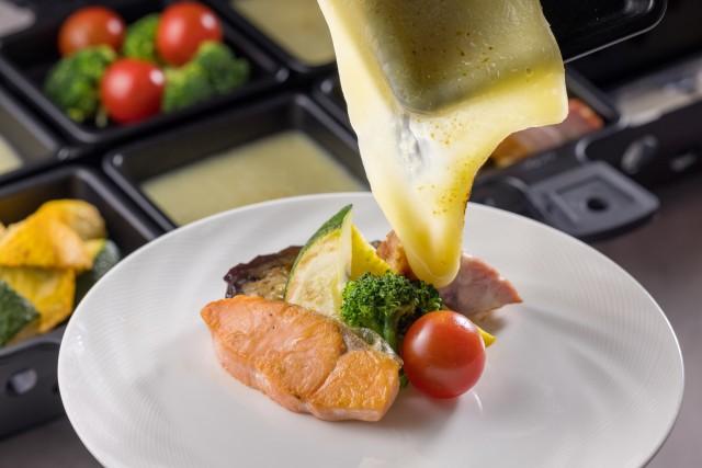 『ラクレットチーズ×ベーコン・魚介・野菜』