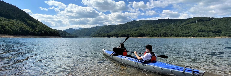 御母衣湖にてカヌー体験