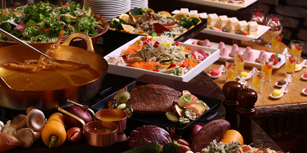 Dinner and breakfast are all offered in a buffet style.