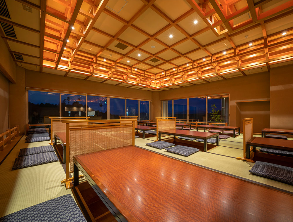 A high-quality space that you can enjoy cuisine use of natural-rich Hida Takayama's materials and sake of Hida.