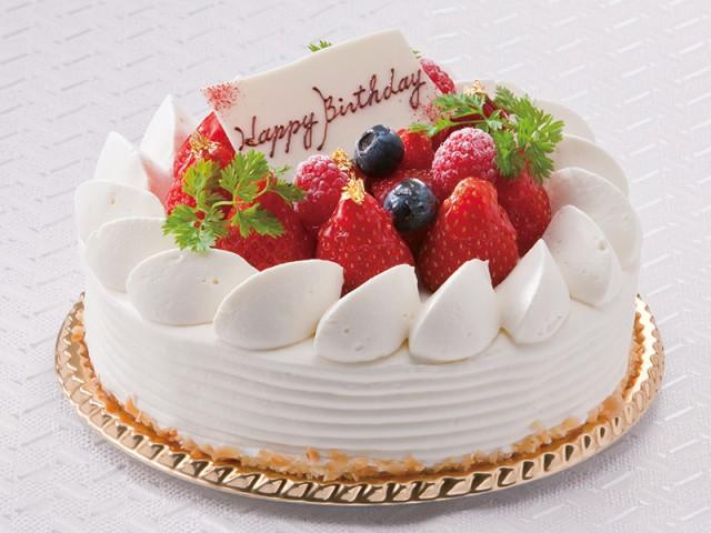ロビーラウンジ シーナリー <br><b>生クリームのデコレーションケーキ</b>