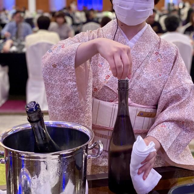 日本酒の味を最大限に引き出せれるよう、温度管理は0.5度刻みで実施