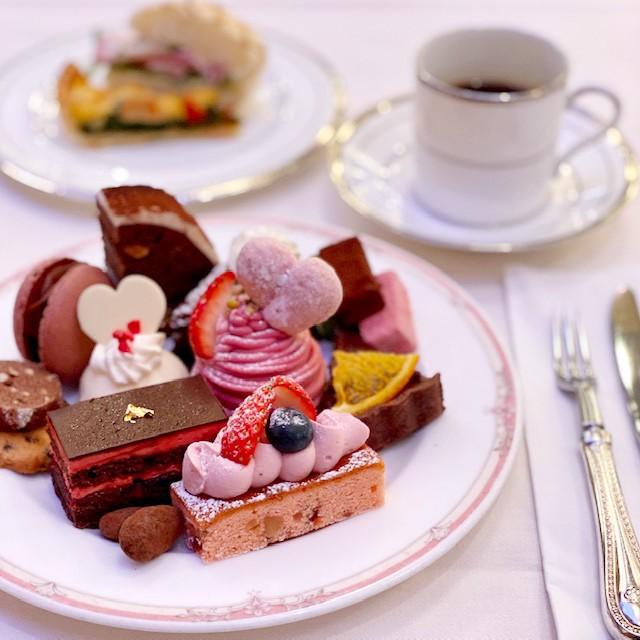 テーマは「ショコラ&フレーズ」!<br>可愛らしく華やかなデザートがラインナップ